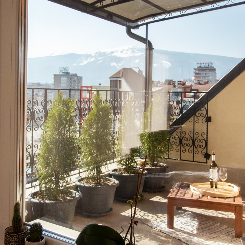 Двустаен апартамент НДК